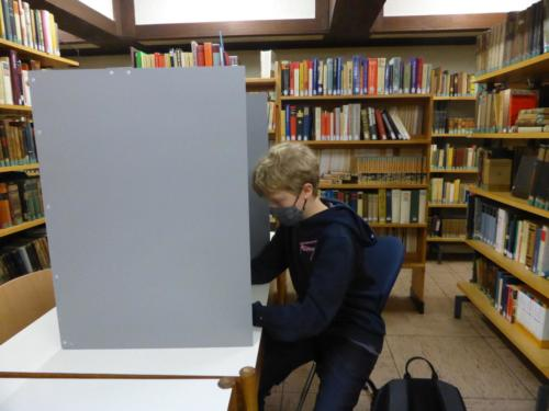 In der Wahlkabine